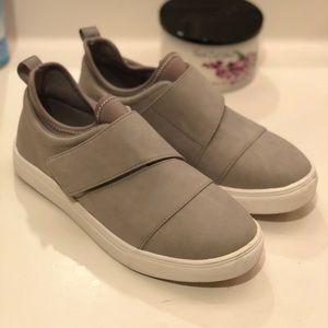 Fabletics Torrey Velcro sneakers